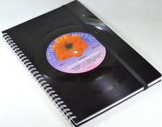 KALENDER 2016 - Schallplatte, Buchkalender  von VinylKunst Aurum - Schallplatten Upcycling der besonderen ART auf DaWanda.com