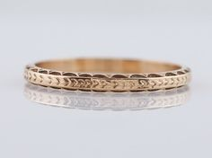 Filigree Jewelers :: Antique Wedding Band Art Deco Chevron in 14k Yellow Gold - Minneapolis, MN