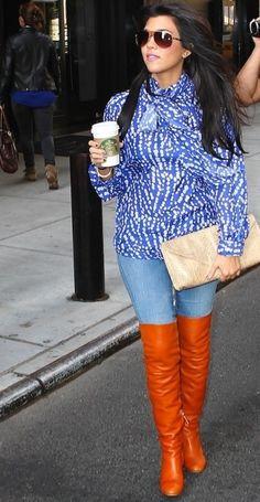 Yes the kardashian's get fashion shero status. Love this look on Kourt