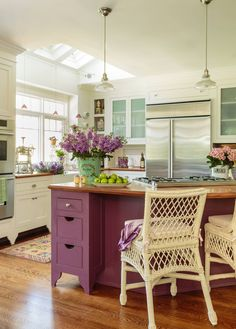 75 Beautiful Shabby-Chic Style Home Design | Houzz Pictures & Ideas - September, 2021 | Houzz Colorful Interior Design, Interior Design Kitchen, Pastel Interior, French Interior, Interior Paint, Interior Ideas, Kitchen Cabinet Colors, Kitchen Colors, Purple Kitchen Cabinets