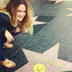 Pin for Later: Toutes les Stars Que Vous Devriez Suivre Sur Instagram Drew Barrymore Suivez Drew: drewbarrymore