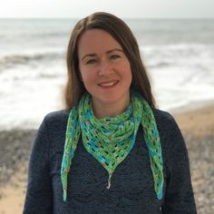 This is exciting – I'm hosting a 'Crochet Along'! (Week 1) – Coastal Crochet Crochet Stars, Crochet Bunting, Crochet Circles, Blanket Crochet, Crochet Stitches, Crochet Patterns, Simply Crochet, Free Crochet, Christmas Tree Pattern