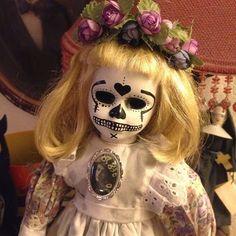 Goth Shopaholic: Day of the Dead Dolls