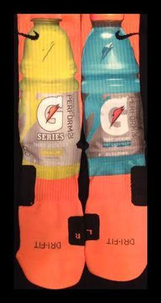 Gatorade Custom Nike Elite Socks — Luxury Elites love these socks! Pinned by Alex Nike Elite Socks, Nike Socks, Crazy Socks, My Socks, Nike Outfits, Sport Outfits, Basketball Socks, Basketball Stuff, Food Socks