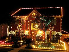 Here Are The Most Over The Top Christmas Lawn Decorations On The     home depot diy christmas projects       Christmas Light Displays From Rate  My Space   Home Improvement   DIY
