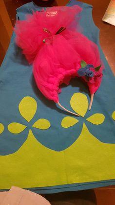 Poppy princess diy costume.