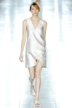 Christopher Kane Spring 2012 Ready-to-Wear Fashion Show - Marique Schimmel