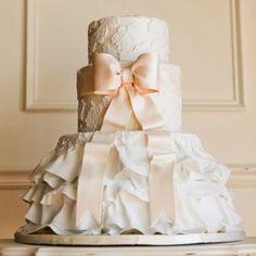 Image detail for -Romantic Wedding Cakes - Pretty Wedding Cakes Pretty Wedding Cakes, Pretty Cakes, Beautiful Cakes, Dessert Wedding, Amazing Cakes, Perfect Wedding, Our Wedding, Dream Wedding, Elegant Wedding