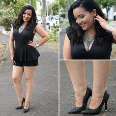 Moda para tallas extras. Vestido negro talla plus. #mirelfashion #plussizefashion #mirelcurvy https://www.facebook.com/mirelcurvy/