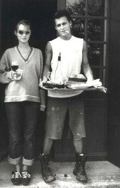 Kate Moss & Johnny Depp.