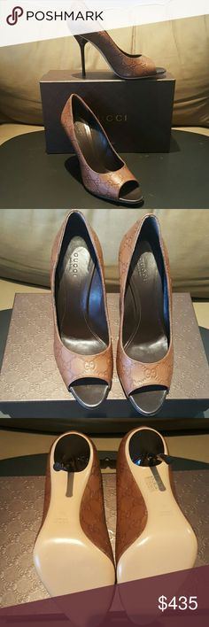 Gucci Aleppo peep toe pump G'sss - brand new never worn Gucci Shoes Heels
