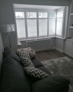 Full height MDF shutters with a midrail in a box bay window – rugcut Bay Window Bedroom, Bay Window Shutters, Bay Window Living Room, Indoor Shutters, White Shutters, Living Room Grey, Home Living Room, Bedroom Wall, Living Room Designs