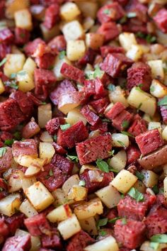 Leftover Corned Beef Hash - Life Made Simple Corned Beef Hash, Corned Beef Recipes, Meat Recipes, Cooking Recipes, Healthy Recipes, Sirloin Recipes, Kabob Recipes, Fondue Recipes, Beef Recipes