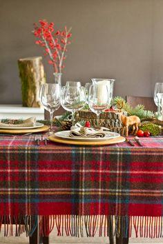 Un plaid en guise de nappe pour Noël
