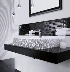Black & white bathroom ♡ teaspoonheaven.com