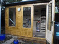 Welcome to Meg's #artstudio ! She's one of our happy customers and the owner of a #Carsare 250 #logcabin purposely purchased as a #studio.  http://dunsterhouse.co.uk/log-cabins/35m-x-25m-carsaresup-sup-250   #gardenbuilding #garden