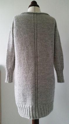 Ravelry: Snow Gray Sweater Dress /Sne-Grå Sweater-Kjole pattern by rix-strixerier