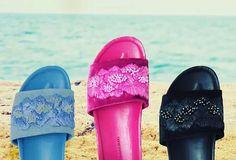 Blog super cheio de posts como dicas de programas legais para fazer em Las Vegas com crianças e também tudo sobre a coleção de sapatos queridinha da temporada!!!! Os bordados da @lojapaulatorres !