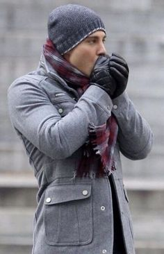 Ideas how to wear a scarf men winter Mode Masculine, Fashion Moda, Mens Fashion, Fashion Menswear, Urban Fashion, Oversized Fashion, Fashion Design Inspiration, Fashion Ideas, Fashion Trends