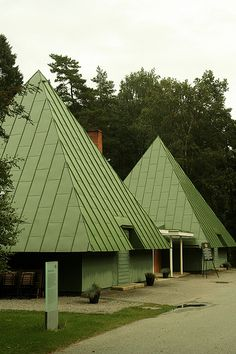 Skogskyrkogården: Woodland Cemetery, Stockholm Visitors' Center Gunnar Asplund, 19423