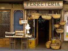 Ferreteria - Lleida - Catalonia - Spain)