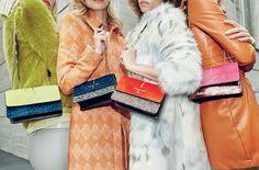 Sarà una stagione fredda dinamica ed energica quella proposta da Patrizia Pepe con la nuova collezione Autunno Inverno 2015 2016. Atmosfere ribelli, abiti, borse e cappotti in puro stile rock anni '70.