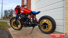 Here's a monoshock converted Honda build out of Brick House Builds in Missouri, United States. Honda Cx500, Honda Motorcycles, Honda Motorsports, Cx500 Cafe Racer, Cx 500, Japanese Motorcycle, Street Tracker, How To Slim Down, Bobber