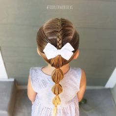 """658 tykkäystä, 9 kommenttia - Cami  Toddler Hair Ideas (@toddlerhairideas) Instagramissa: """"Cute little French-back into a bubble pony! Adorable bow from @picklesandco_bows! Style inspired by…"""""""