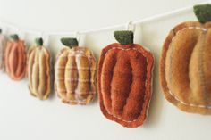 Autumn Pumpkin Halloween Garland - Primitive Pumpkin Patch Home Decor - Thanksgiving Fall Bunting. whatnomints, via Etsy.