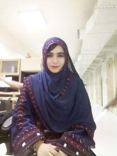 Hijab Niqab, Muslim Beauty, Cute Girl Face, Cute Girls, Nice Dresses, Fashion, Moda, Cute Dresses, Beautiful Gowns