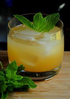 Honey Mint Greyhound | Barman's Journal