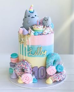 Guys this pastel rainbow cake is so adorable! Perfect birthday cake idea for any girl that loves kitties, sweets, rainbows, or pusheen! Such an adorable birthday cake! 10th Birthday Cakes For Girls, Birthday Cake For Cat, Happy 10th Birthday, Happy Birthday Cakes, Colorful Birthday Cake, Purple Birthday, Mermaid Birthday, Unicorn Birthday, Birthday Cards
