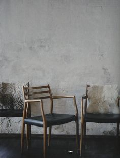 "Beautiful chairs + ""industrialized"" wall texture = like very much."
