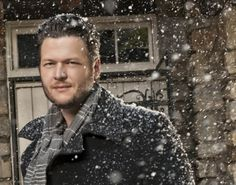 The country music star opens up about 'The Voice,' Miranda, his new Christmas CD, and what it means to be an artist.