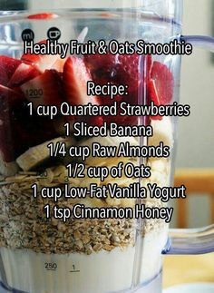 Mason Jar Recipe Ideas A superfood smoothie recipe! Must try -A superfood smoothie recipe! Must try - Healthy Fruits, Healthy Smoothies, Healthy Drinks, Healthy Cleanse, Ninja Smoothie Recipes, Breakfast Drinks Healthy, Healthy Recipes, Breakfast Fruit, Juice Recipes