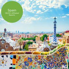 Antoni Gaudí's colorful Park Güell sparkles year-round. #wanderlust