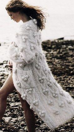 Winter Bride / Wedding Style Inspiration / LANE (instagram: the_lane)