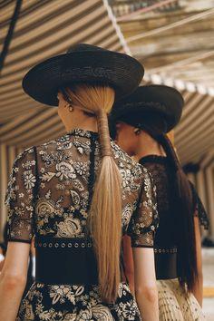 Pretty Beautiful: Hair how to: Guido for Redken at Dior Cruise 2019 Hair Art, Your Hair, Runway Hair, Corte Y Color, Editorial Hair, Natural Hair Styles, Long Hair Styles, Grunge Hair, Hair Trends