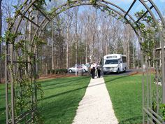 Entering Keswick Vineyard to taste their wonderful wines and enjoy the outdoor picnic grounds! Love this winery just minutes northeast of Charlottesville!!!