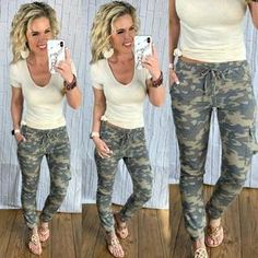 Camo Cargo Joggers: Light - privityboutique    #streetstyle #cozy #casualstyle #ootdfashion #style #ootd #springfashion #flannel #blogger #travel #vacationstyle #fashionlover #fashionblogger #summerstyle #boutiquefashion #womensfashionoutfit #summeroutfit #dress #layeringdress #casualstyle #casualfashion Legging Outfits, Camo Pants Outfit, Jogger Pants Outfit, Camo Joggers, Outfits With Camo Pants, Cute Camo Outfits, Casual Fall Outfits, Mom Outfits, Spring Outfits