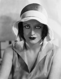 1930s Joan Crawford wearing a hat