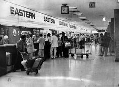 Ticket counters at San Antonio International Airport. 1981 San Antonio Express-News file photo Photo: San Antonio Express-News San Angelo, Sam Houston, Texas History, Civil Aviation, International Airport, Back In The Day, Looking Back, San Antonio, Nostalgia