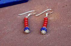 Een persoonlijke favoriet uit mijn Etsy shop https://www.etsy.com/nl/listing/459411794/sterling-silver-red-coral-earrings-raw