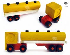Biscuit tractor natural wood toy by WoodHandcraft on Etsy Handmade Wooden Toys, Wooden Crafts, Wooden Diy, Waldorf Montessori, Wooden Playset, Wood Toys Plans, Wooden Truck, Buy Toys, Natural Toys