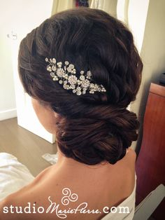 http://www.modwedding.com/2014/10/28/obsessed-29-stylish-wedding-hairstyles/ #wedding #weddings #hairstyle via Studio Marie-Pierre Hair & Makeup