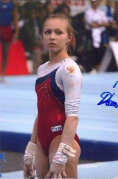 4x6 Daria Spiridonova (Russian Gymnast) autograph