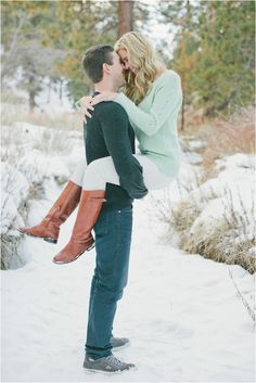 Southern California Snowy Engagement Session by Richelle Dante Photography - Click image to find more weddings posts Winter Engagement Photos, Engagement Couple, Engagement Pictures, Engagement Session, Engagements, Country Engagement, Fall Engagement, Winter Photography, Couple Photography