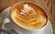 Le cappuccino est une boisson chaude particulièrement unique et délicieuse. Un café au goût intense recouvert d'une épaisse couche de lait entier et nous voilà au parad... Capuccino Maison, Cappuccino Cafe, Recette Cappuccino, Cappuccino Machine, Cappuccino Recipe, Coffee Latte Art, Coffee Type, Moka, Frappuccino