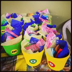 Super heroes party favors