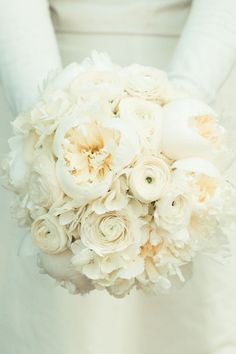 White-Peony-Ranunculus-Bouquet | photography by http://www.amandahein.com